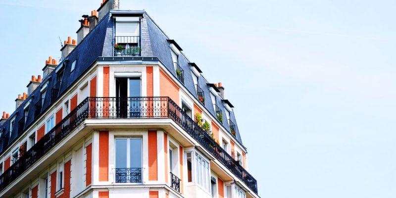La deducción por adquisición o alquiler de vivienda habitual fue eliminada del IRPF en 2015. Sin embargo, muchos propietarios e inquilinos aún se pueden beneficiar de esas deducciones si cumplen determinadas condiciones.